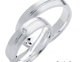 Podle čeho vybírat snubní prsteny