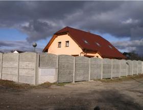 Betonové ploty pro každý dům