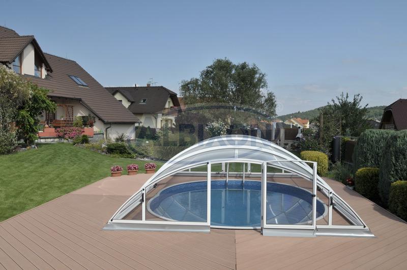 bazén zastřešený
